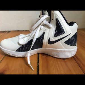 Nike Shoes - Brand new women's basketball shoes.